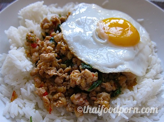 Minced chicken and basil, on rice, with a fried egg on top – ผัดกะเพราไก่ราดข้าวใส่ไข่ดาว