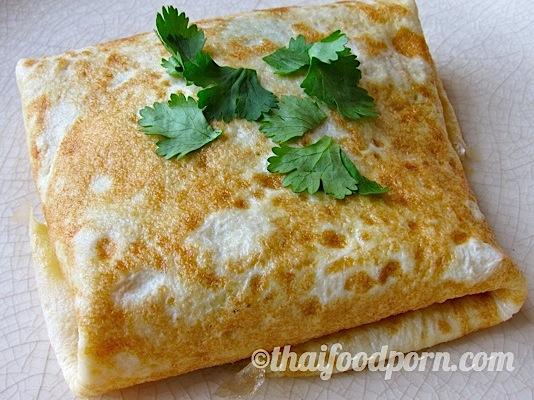 Thai Stuffed Omelette – ไข่ยัดไส้