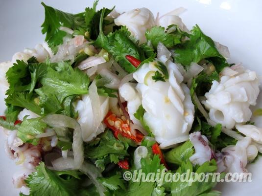 Thai Squid Salad – ยำปลาหมึก